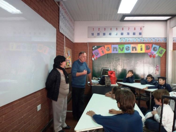 Abuelos compartieron experiencias con alumnos de 2º grado