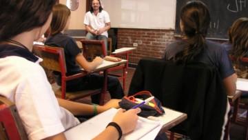 Convocan a docentes para formar base de datos para reemplazos o suplencias 2019