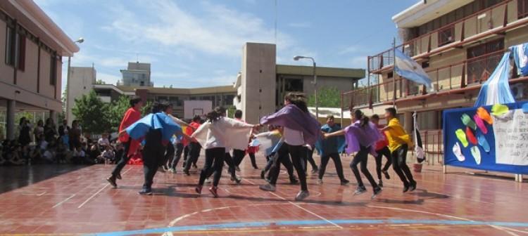Realizaron acto por el Día del Respeto a la Diversidad Cultural