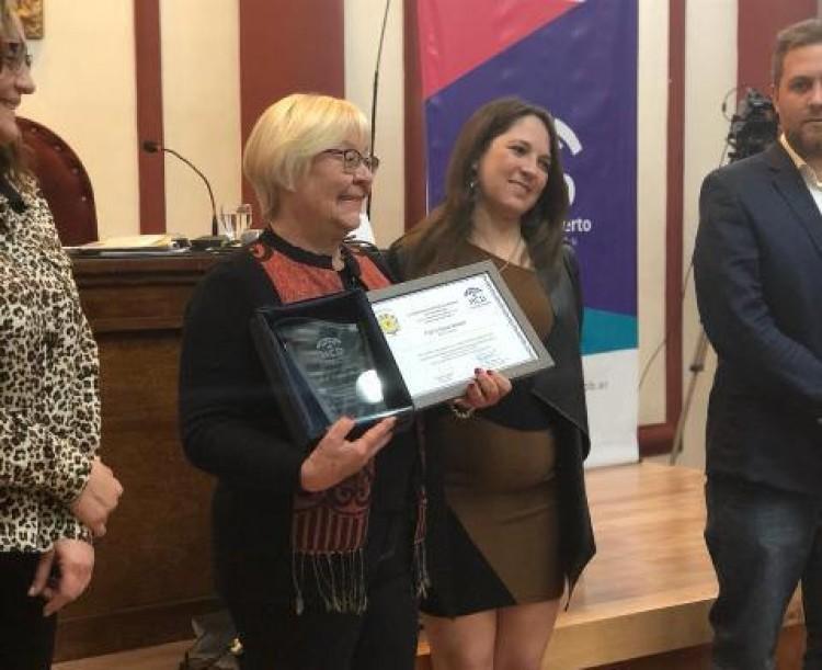 """La Prof. Cristina Manent fue declarada """"Personalidad Destacada de Guaymallén"""""""