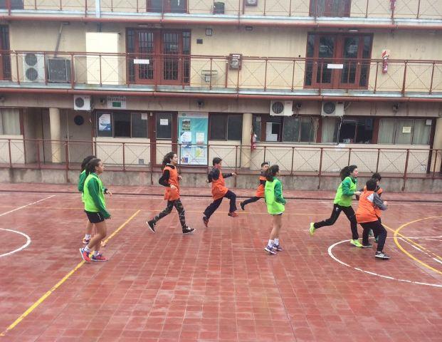 Alumnos del Taller Expresivo de Handball recibieron a chicos del Club UNCUYO