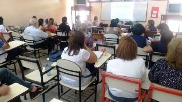 Docentes de la ECVA y de la Facultad se capacitaron en matemática y uso del Sistema Cabri